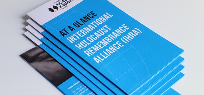 IHRA-Brochure-Corporate-Design-Pitch-Black-Graphic-Design